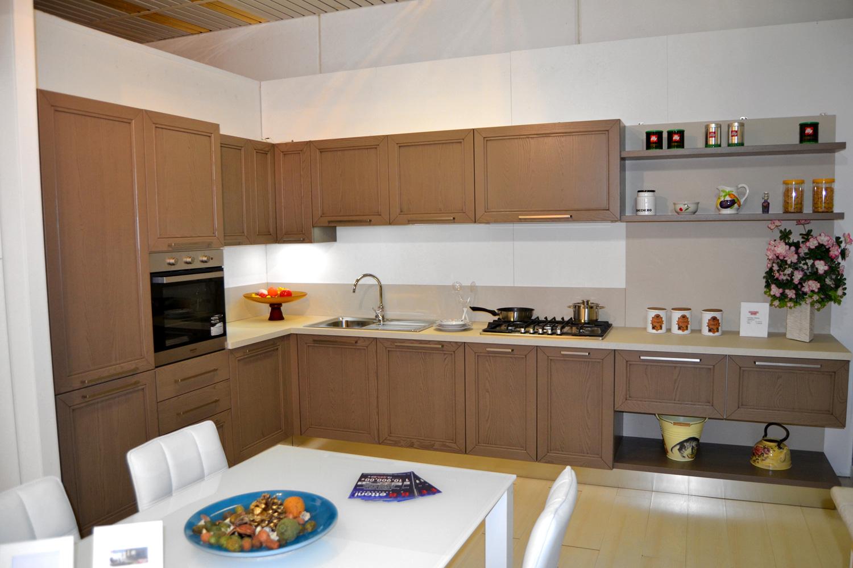 Outlet arredamento brescia cucine in offerta for Cucina itaca arredo 3
